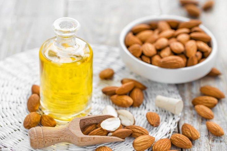 Миндальное масло — активное увлажнение кожи лица