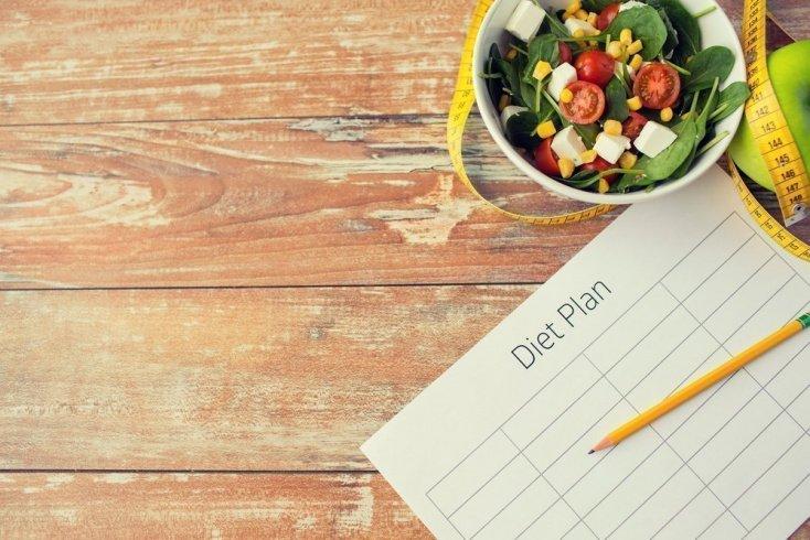 Основа диеты — низкокалорийная пища