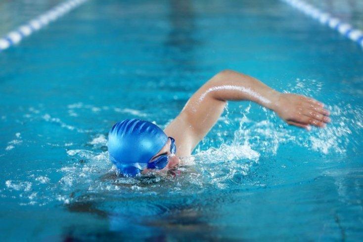 Упражнения, обучающие навыку плавания