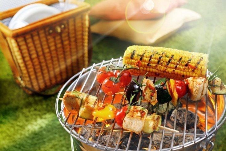 Натуральные против переработанных мясных продуктов питания