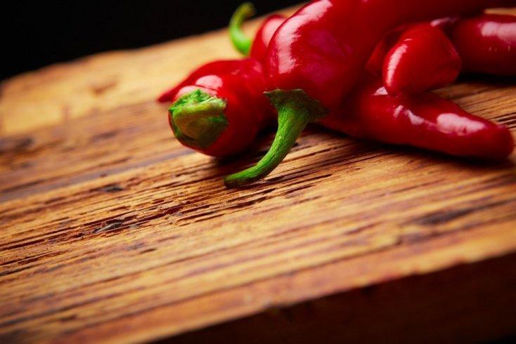 Красный жгучий перец от разных видов боли