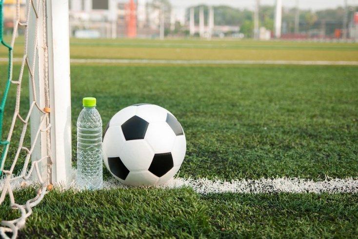 Питьевой режим для футболиста