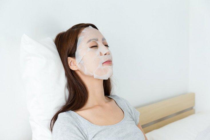 Правила использования тканевых масок для красоты кожи