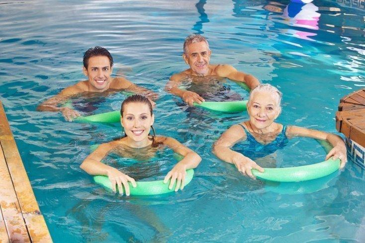 Польза занятий в бассейне
