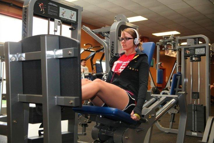 Основные фитнес-упражнения для ног