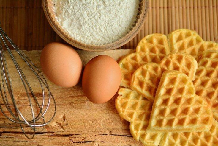 Не целое яйцо, а только белок