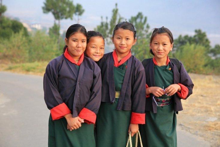 Национальная форма Бутана
