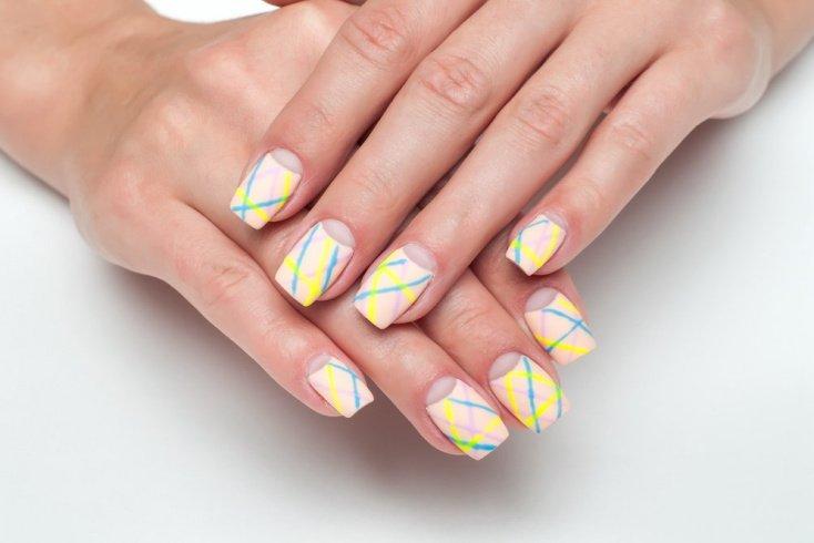 Выбор цветовой гаммы для оформления ногтей