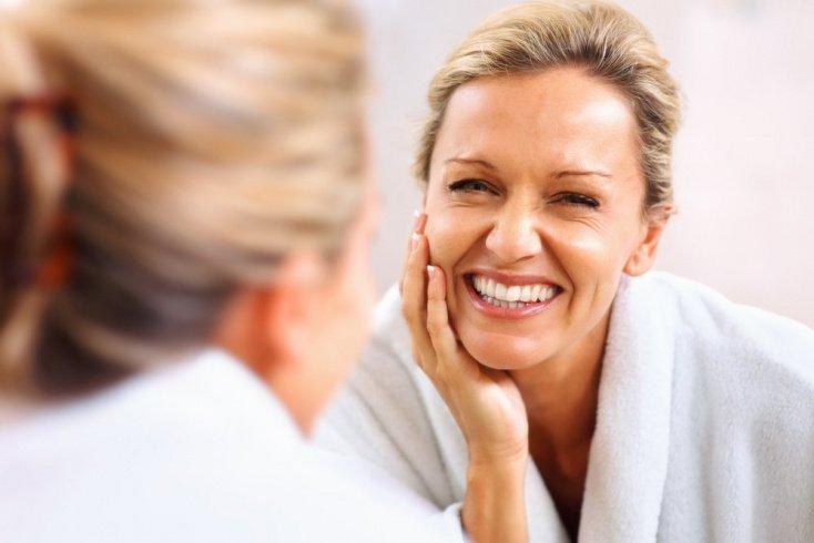 Правильный и бережный уход — секреты красоты и здоровья зрелых женщин