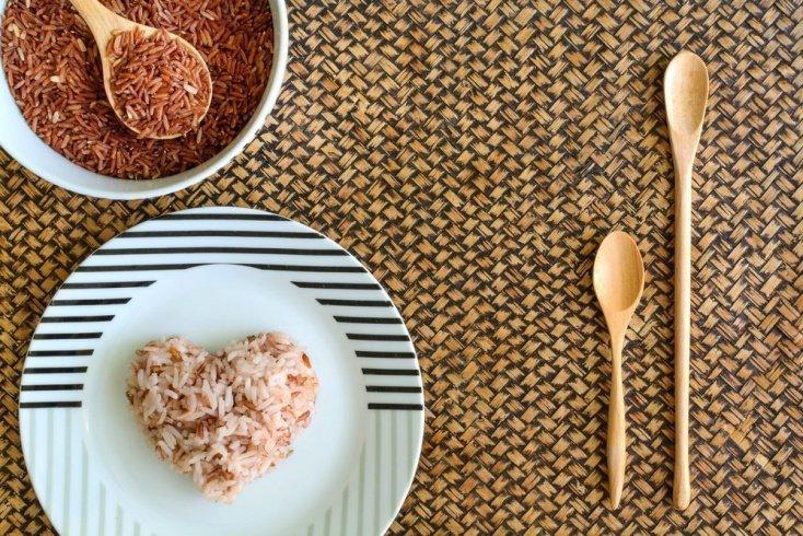 Простой рецепт гарнира из коричневого риса