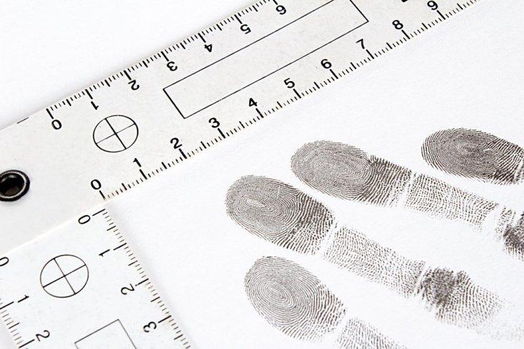 К генетику с отпечатками пальцев
