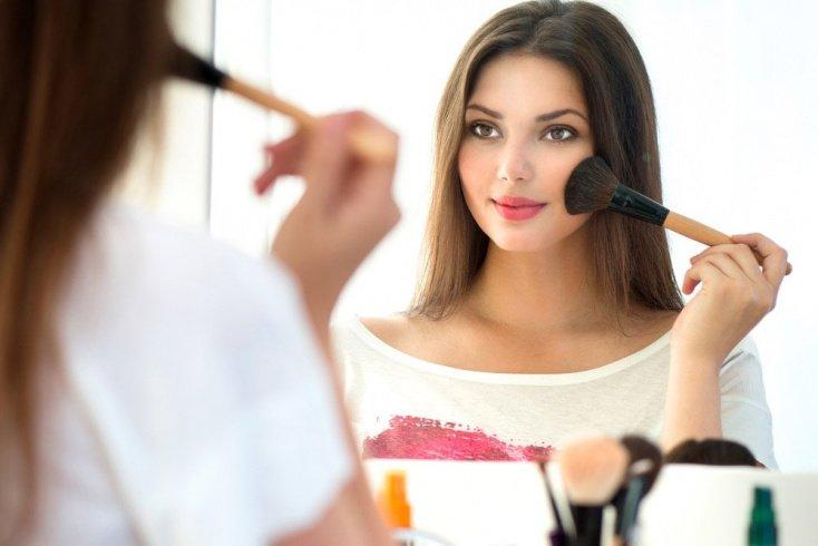 Косметика и женская красота