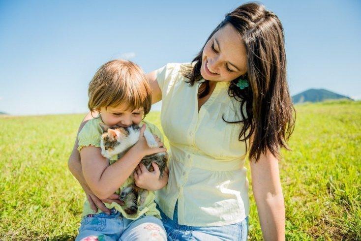 Как родителям научить ребенка ухаживать за своим питомцем?