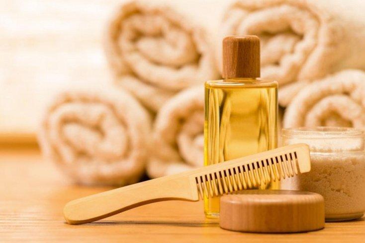 Как сохранить красоту волос во время мытья