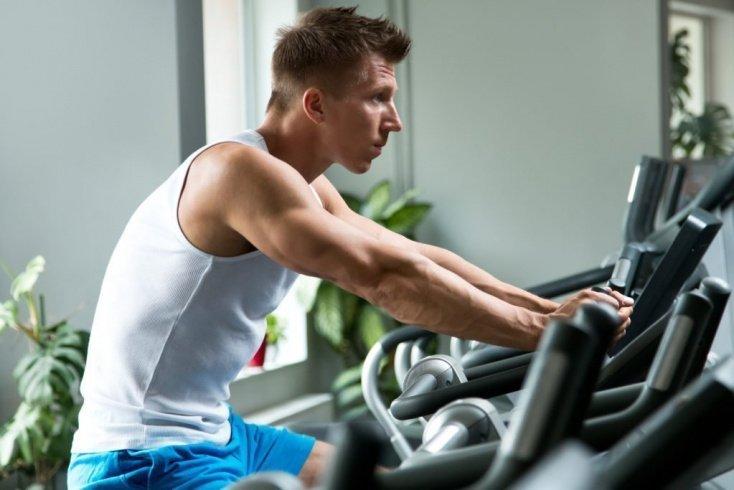 Для чего нужны упражнения на велотренажере?