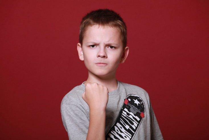 Возраст детей и проблемы: как понять, что ребенка обижают