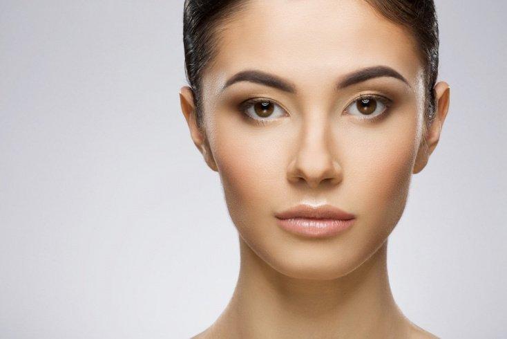 Обновленная версия контуринга в макияже лица — тонтуринг