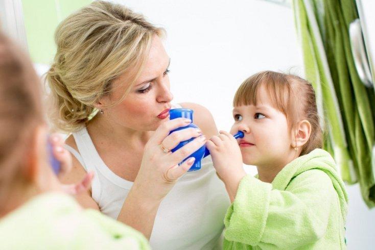 Миф о регулярном промывании носа при насморке
