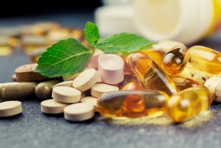 Поливитаминные комплексы или полноценное питание?