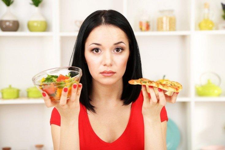 Строгие диеты вызывают бесплодие и климакс