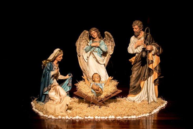 Родители рассказывают рождественскую историю