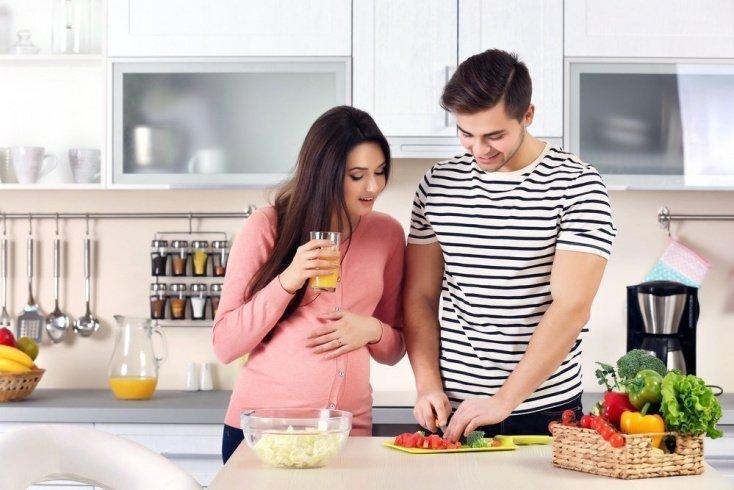 Какие опасности таит второй триместр беременности при СД