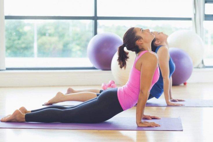Влияние цвета одежды для фитнес-тренировок на их эффективность