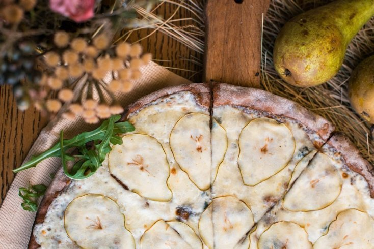 Грушевая пицца для диетического питания
