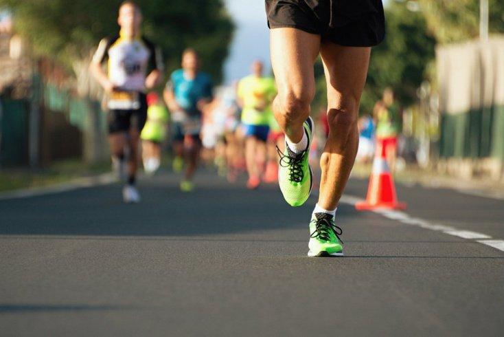 Выносить ребенка или пробежать марафон: что тяжелее?