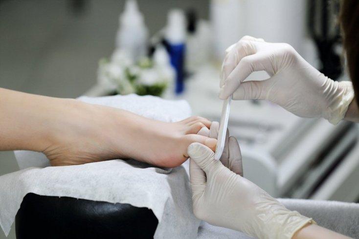 Кровная опасность: вирусы, которые сопровождают ритуалы красоты