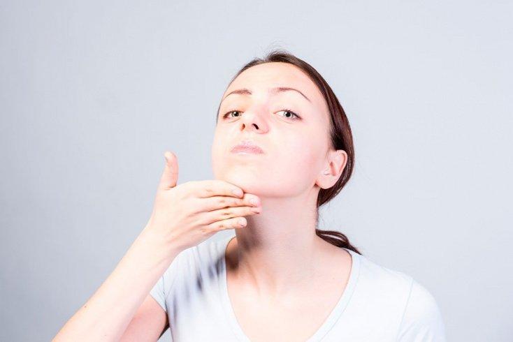 Причины провисания кожи на подбородке