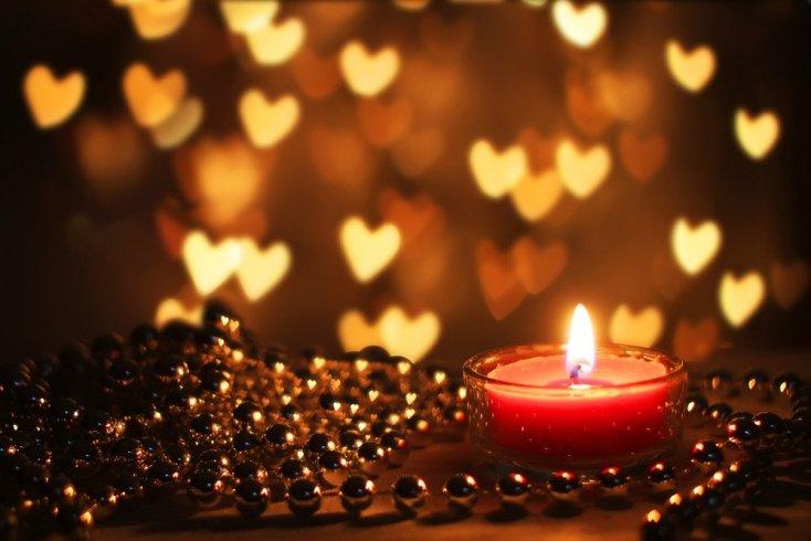Украшение свечей для ночи любви