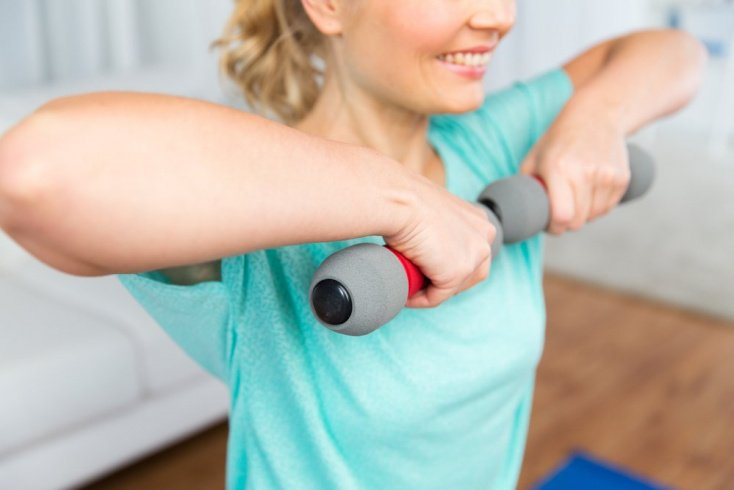 Фитнес-тренировки с использованием снарядов