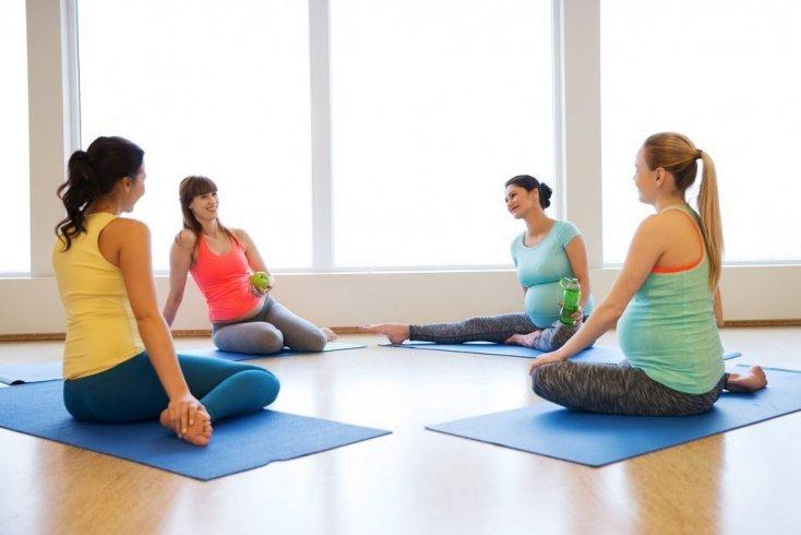 Правила занятий фитнесом для будущих мам