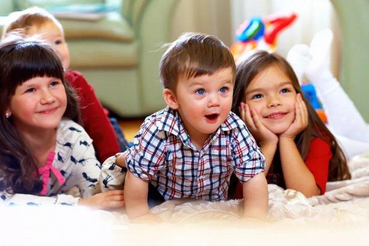 Как защитить детей от влияния рекламы