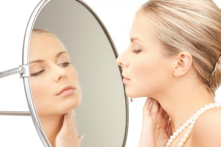 4. Не припудривайте жирные участки кожи