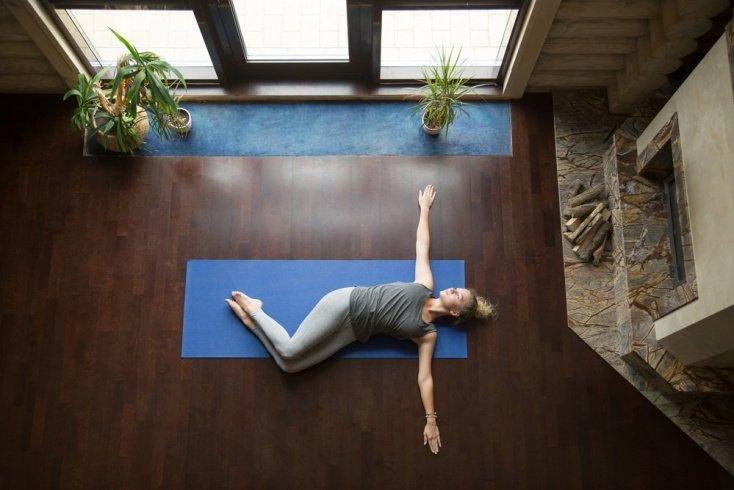 Йогатерапия позвоночника: скручивающие упражнения