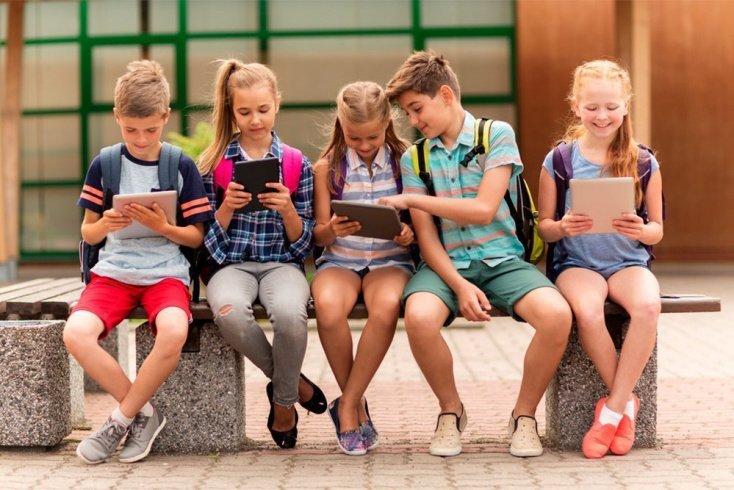 Эволюция гаджетов и их влияние на ребенка