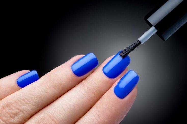 Гель-лак эффективен для укрепления поврежденных ногтей