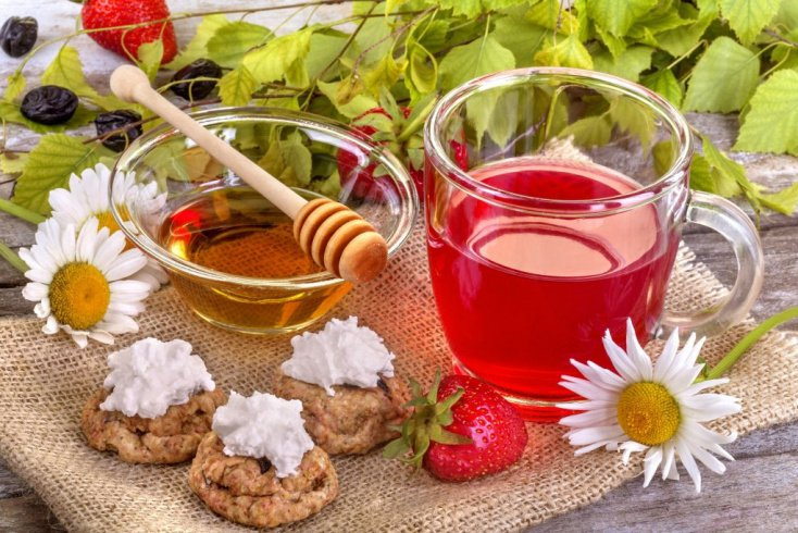 Витамины, растения и питьевой режим для укрепления иммунитета