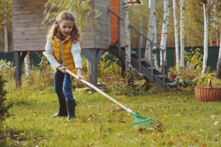 Учим детей трудиться с малых лет