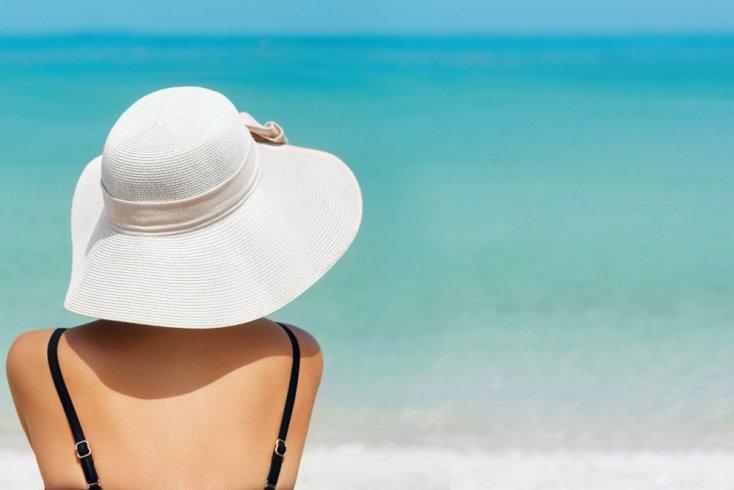 Как защитить волосы летом от выпадения?