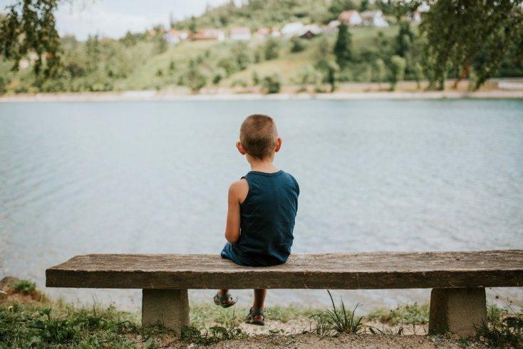 Покажите ребенку, как действовать в неприятных ситуациях