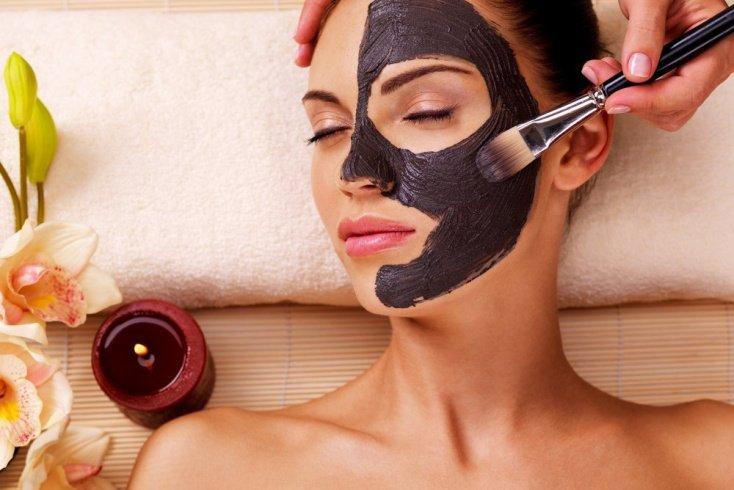 Какими должны быть матирующие маски для лица