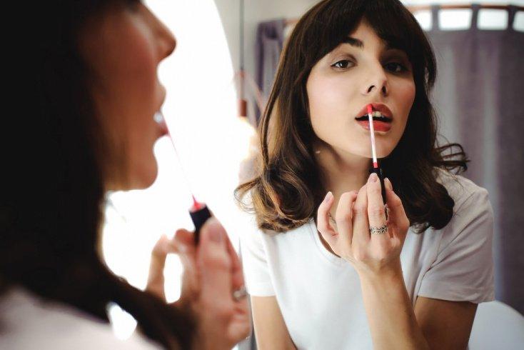 Блеск для губ: не только для девочек-подростков