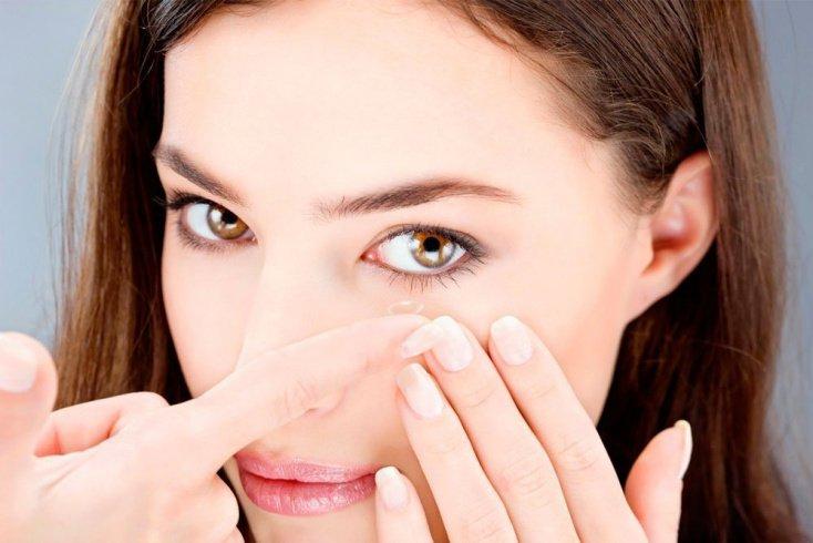 Как выбрать контактные линзы: рекомендации экспертов