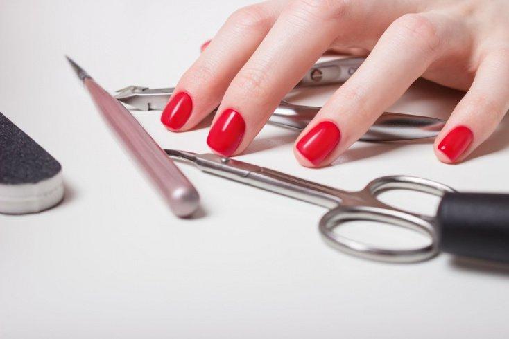 Пошаговая технология обработки ногтей и кожи