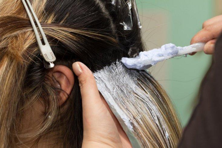 Тонкости окрашивания волос в салоне