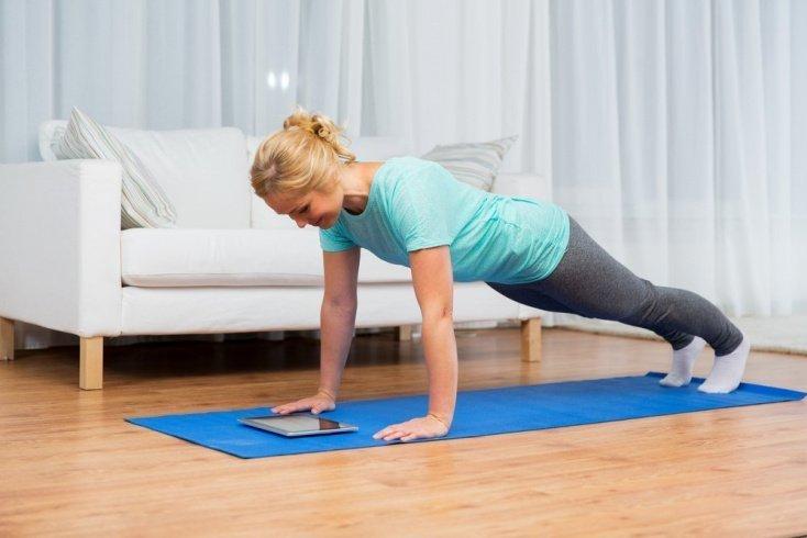 Альтернативные упражнения: аэробный фитнес и тренировка пресса