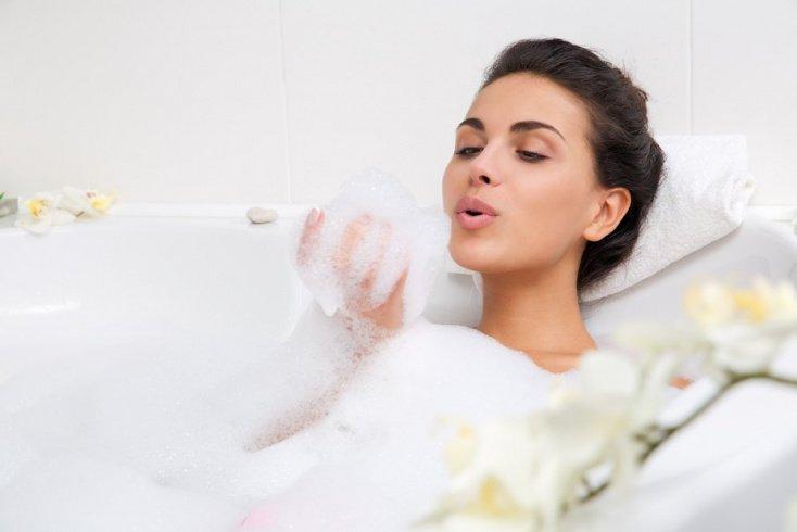 7. Принимать горячую ванну